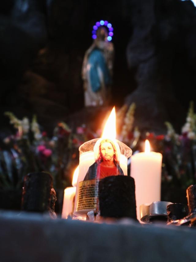 5 Tempat Wisata Magelang - GUA MARIA KEREP AMBARAWA